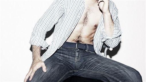 牛仔褲、男人、男性、男下半身/pixabay