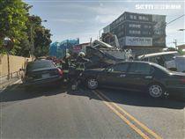 仰德大道重大車禍,水泥預拌車撞車