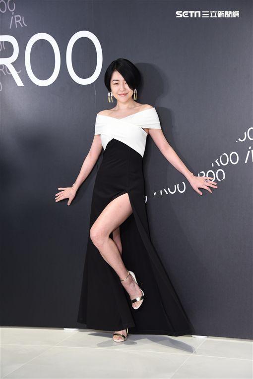 小S徐熙娣性感出席時尚服飾品牌代言舉動
