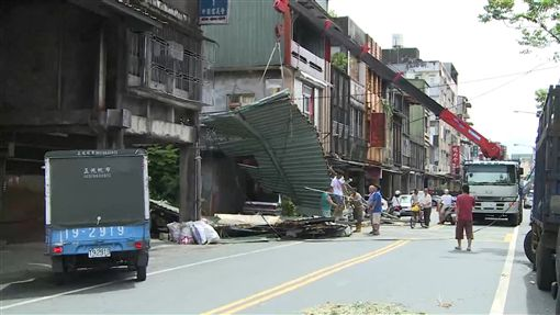 尼莎颱風,強陣風,電線桿,停電,香蕉,蕉農 ID-991039