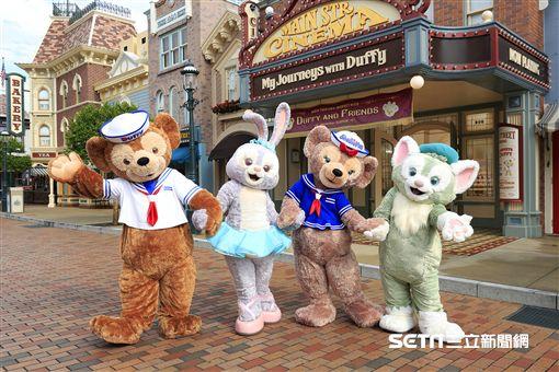 粉紫色小兔StellaLou,Duffy熊。(圖/香港迪士尼提供)
