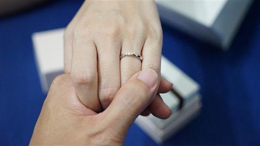 婚戒、結婚、夫妻、情人(示意圖)/pixabay