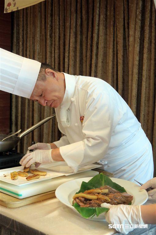 大倉久和大飯店,香蕉料理。(圖/記者簡佑庭攝)