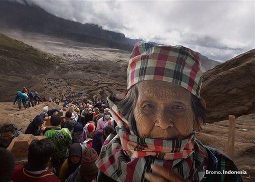 泰國,攝影師,母親,環遊世界,照片(圖/翻攝自Chub Nokkaew臉書)