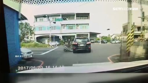 悶!駕駛被闖燈機車撞 不賠反被告傷害