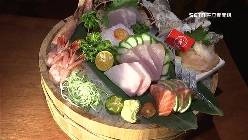 鮭魚卵,丼飯,爆量,醋飯,烤魚下巴,美食,日式料理,生魚片