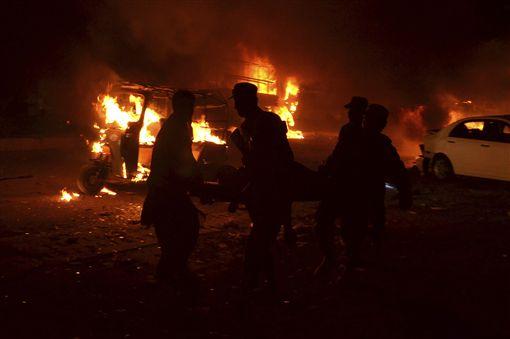 巴基斯坦西南部俾路支省(Balochistan)首府奎達市(Quetta)強烈爆炸 圖/美聯社/達至影像