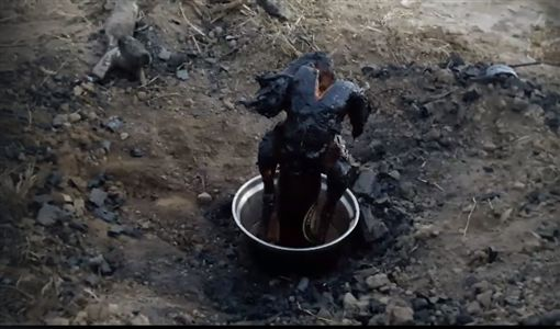 烤焦,桶仔雞,圖翻攝自爆怨公社
