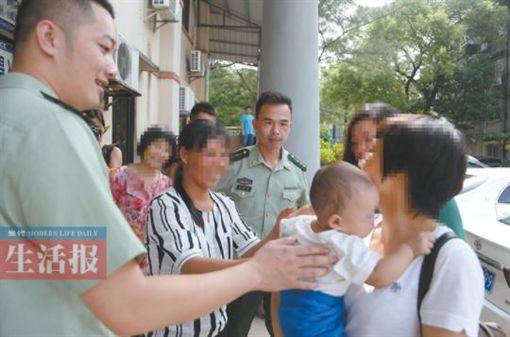 中國大陸,狠父,渣父,賣嬰,嬰兒,寶寶,人口販子(圖/翻攝自湖北日報網)http://news.cnhubei.com/xw/gn/201708/t3884768.shtml