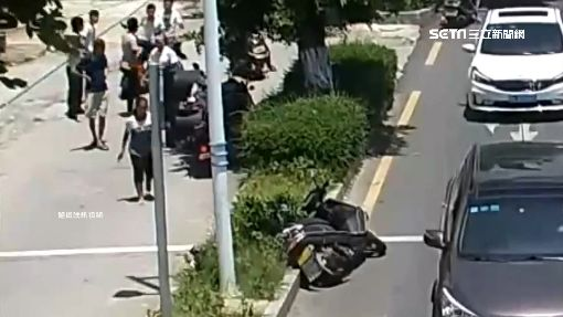 誇張! 撞倒單車少年 陸大媽肇逃5次失敗