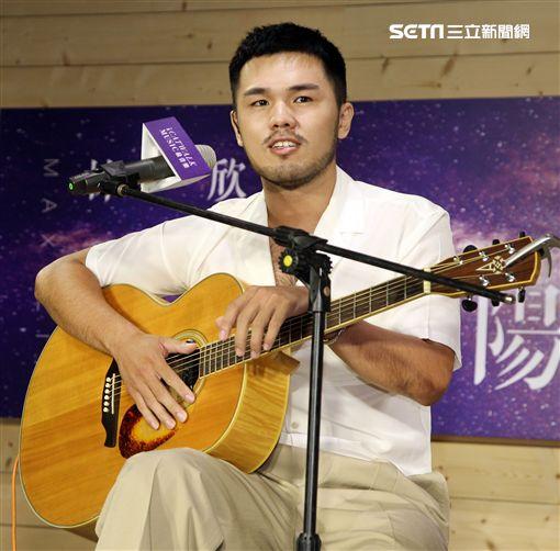 林欣甫加入凱渥發行全新專輯「克隆太陽」前程看好。(記者邱榮吉/攝影)