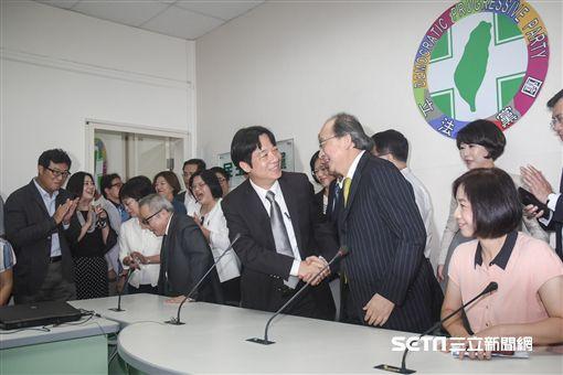 行政院長賴清德拜會民進黨立院黨團 圖/記者林敬旻攝