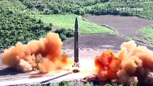 北韓盛大晚宴慶功! 金正恩笑看炸氫彈