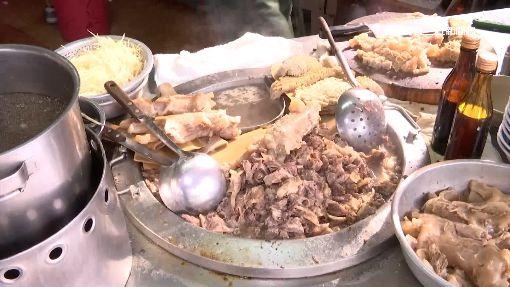 郭董造訪後爆紅 揭牛肉麵店