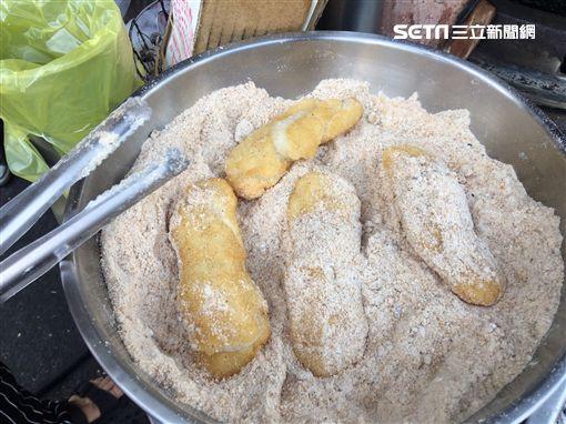 高雄古早味點心「白糖粿」,南部美食。(記者郭奕均攝影)