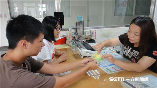 中秋節食品簡易試劑篩檢DIY,台南市衛生局免費提供,限量2000份。(圖/台南市衛生局提供)