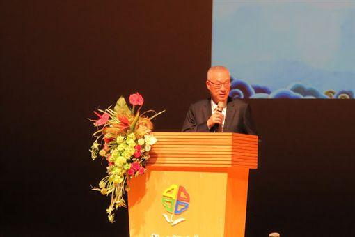 國民黨主席吳敦義參加崇德文教基金會舉辦孝親感恩活動。(國民黨提供)