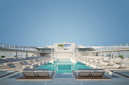 MSC傳奇號擁有4座游泳池(圖/行家旅遊)(業配)