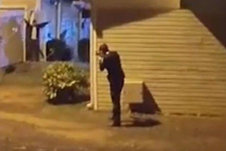 美國男子報警自首 高舉雙手仍遭警察開槍擊斃/YouTube ID-1089214