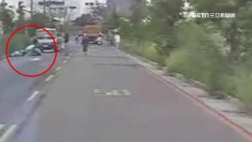 自摔還是被撞?24歲保險員離奇亡