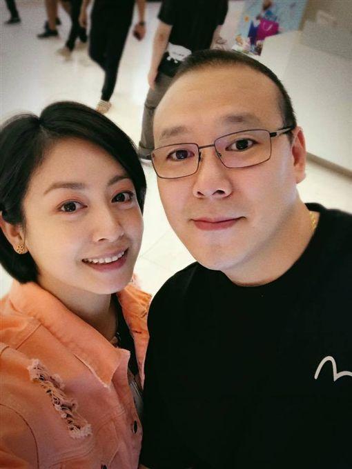 范筱梵和老公Johnny/翻攝自臉書