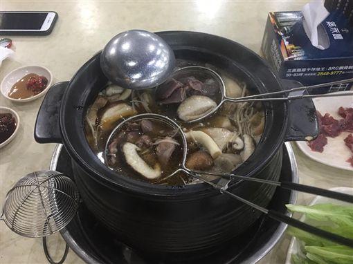 李來希,薑母鴨,年改,庶民小吃(翻攝自李來希臉書)