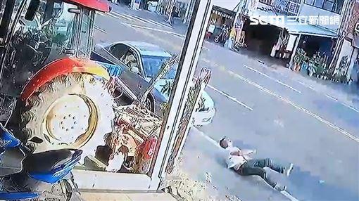 草屯消防車 撞人