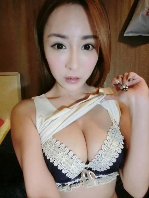 雪碧_雞排妹