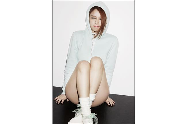 T-ara智妍新歌大跳性感蝙蝠舞