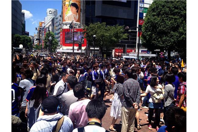 日本觀察/ハイタッチ!擊掌打氣降失落 世界盃輸了也要嗨 | 名家