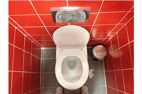 廁所馬桶(flickr:dirtyboxface)