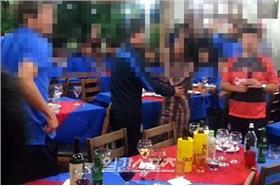 輸球找酒女!南韓足球隊尋歡影片曝光(翻攝JTBC NEWS)