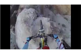 史上最可怕的腳踏車道!(YouTube)