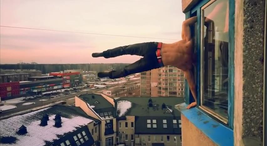 """This Russian Stuntman Gets The """"Balls Of Steel""""(YouTube)"""