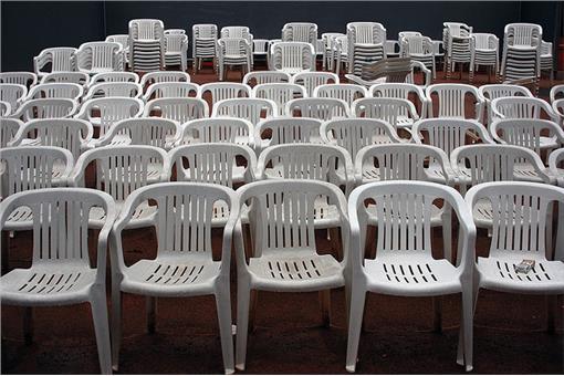 塑膠椅/flickr
