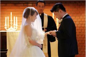 作家女王結婚小開惹議 /圖:女王臉書