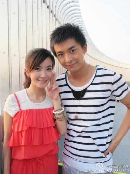 ▲李晟、李佳航被目擊在塞班島拍婚紗。(圖/翻攝自微博)