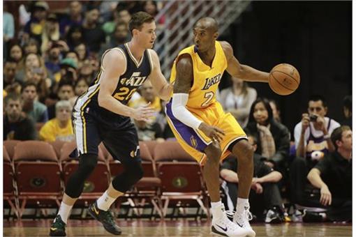 圖/美聯社/達志影像(Kobe Bryant為持球者)