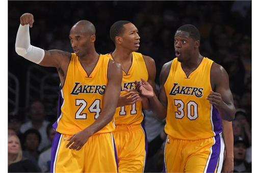 左為Kobe Bryant(圖/美聯社/達志影像)