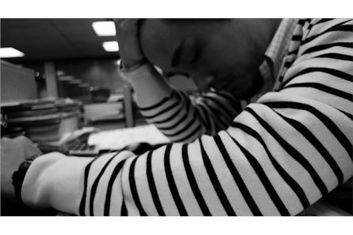 頭痛,過勞,傷心,煩惱,輪班,累,憂鬱(Flikcr-Marvin Lee)