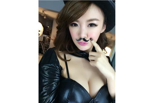 Eunice x Umi 海臉書
