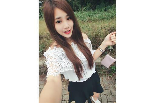 草莓甜心 李盈儀臉書