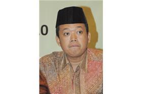 印尼勞動部長瓦希德Nusron_Wahid_維基WIKI