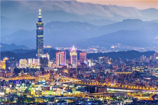 台北-buzzfeedhttp://www.buzzfeed.com/votemonopolyrw/cities-everyone-should-visit-at-least-once#.wa11x5gmP