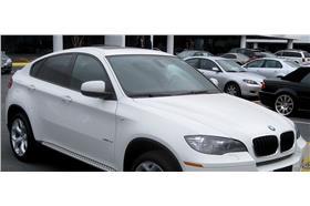 白色BMW-取自維基百科