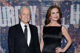 麥克道格拉斯與妻子(Michael Douglas臉書)