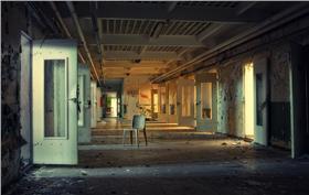監獄 https://www.flickr.com/photos/norue/13938341399/