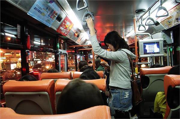 公車-flickr-*嘟嘟嘟*-https://www.flickr.com/photos/enixii/423147520/