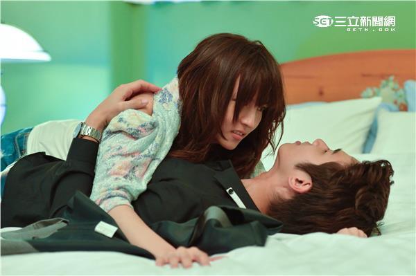 《他看她的第2眼》劉以豪、魏蔓床戲