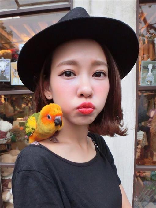 楊又穎(Cindy)/臉書